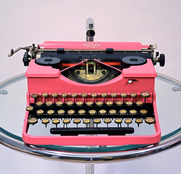 Vintage Typewriter from Fab.com