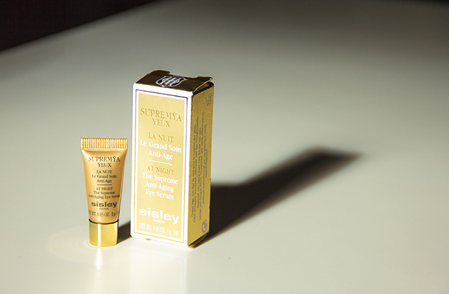 Sisley Supremya Yeux Le Gran Soin Anti-Age/At Night The Supreme Anti-Aging Eye Serum