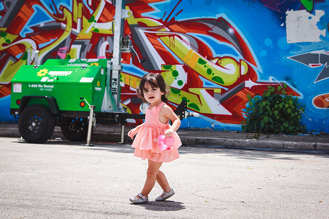 Lucy-Grafitti-Wall Wynwood