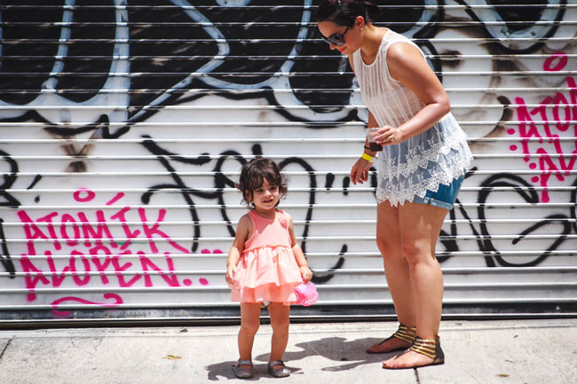 Lucy-&-Mommy-at-Wynwood-Brewing-Co