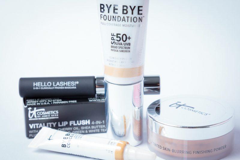 IT Cosmetics Sample Kit