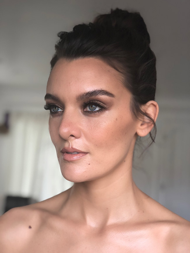 Frankie Shaw bareMinerals Golden Globe 2018 Makeup Tutorial by Jo Baker